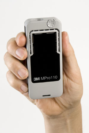 Мини-проектор 3M MPro110