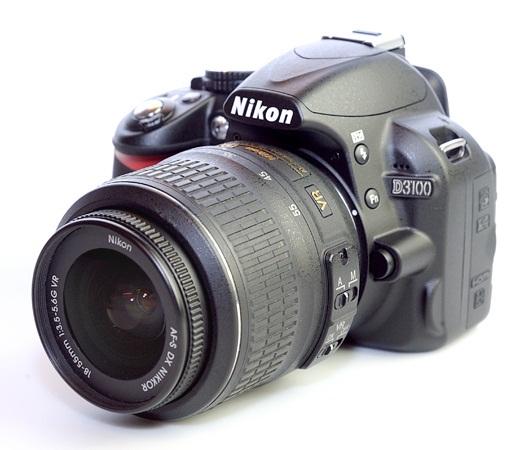 зеркальный фотоаппарат начального уровня Nikon D3100 (Kit 18-105 VR)