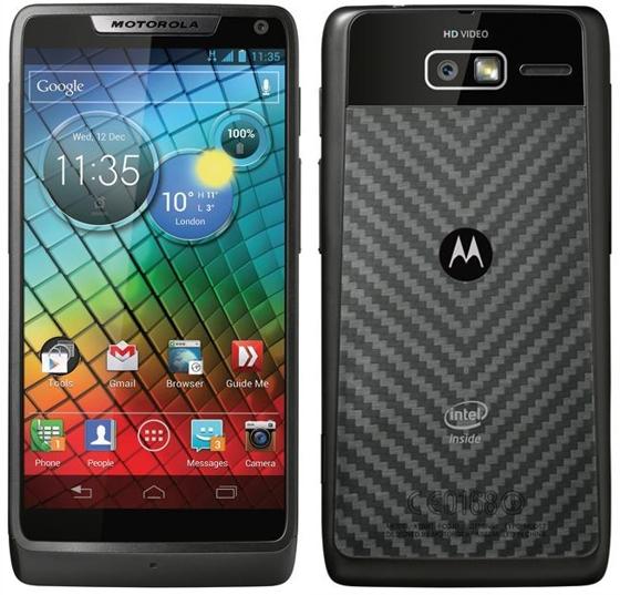 смартфон Motorola RAZR i на базе Intel Atom