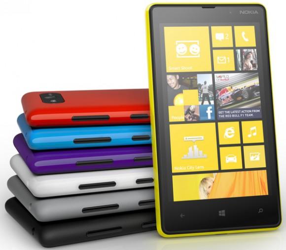 Смартфон-коммуникатор Nokia Lumia 820